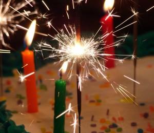 birthday-celebration-1322480-1279x1104